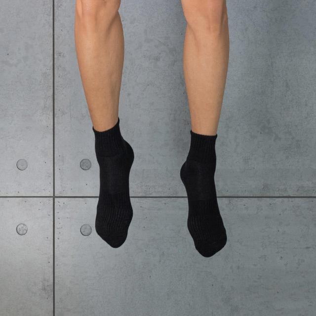 【aPure】除臭襪多功吸濕排汗科技運動襪(黑)/
