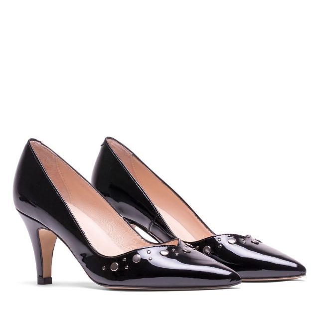 【MISWEAR】女-跟鞋-ELODIE 漆皮鉚釘尖頭高跟鞋-黑