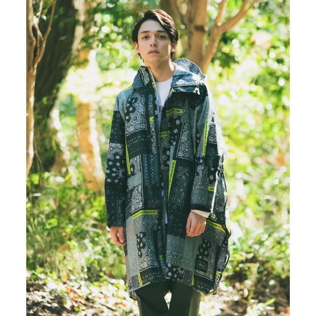 【KIU】成人空氣感有袖斗篷雨衣(163228 Zakka拼布風)