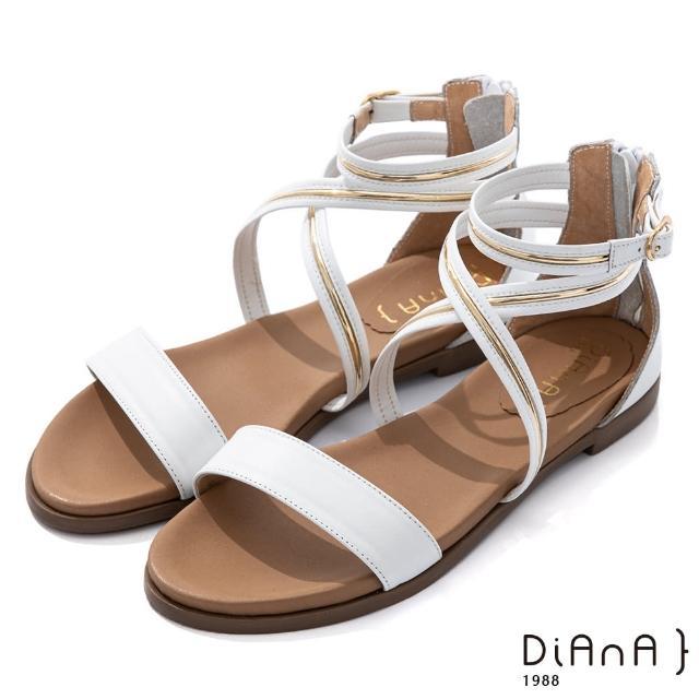 【DIANA】1.8cm 質感牛皮金屬飾條環繞羅馬低跟涼鞋(白)