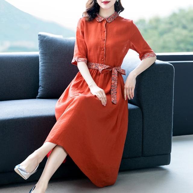 【REKO】橘紅民族圖騰拼接棉麻洋裝M-3XL