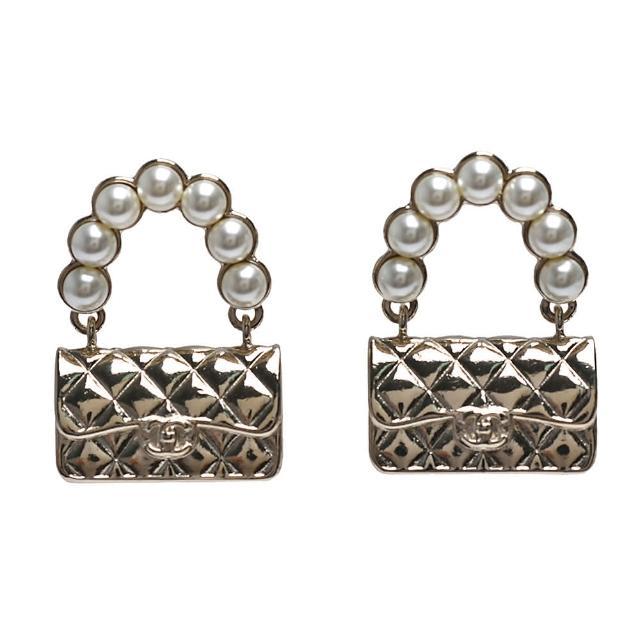 【CHANEL 香奈兒】經典COCO包造型穿式耳環(金AB6211-OR)