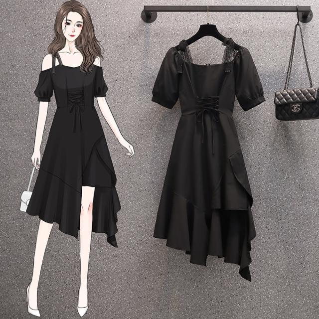 【KVOLL】神秘黑露肩不規則設計感洋裝L-4XL