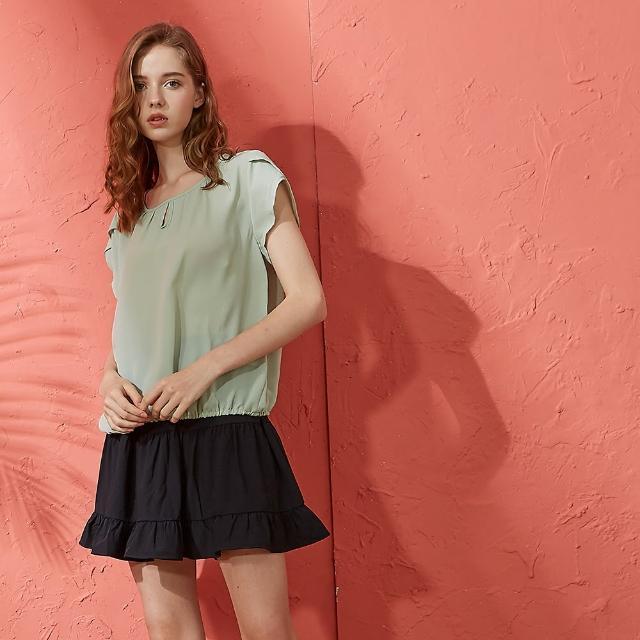 【CUMAR】素面壓摺鬆緊-女短袖襯衫(二色/版型適中/魅力商品)