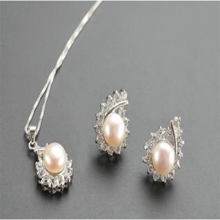 【Sarlisi】水滴晶鑽珍珠耳環項鍊套組(白色)