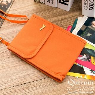 【DF Queenin】韓版隨身旅行斜背式護照包證件包-共4色