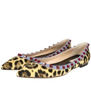 【VALENTINO】紅鉚釘ROCKSTUDS平底鞋(豹紋馬毛灰藍邊)