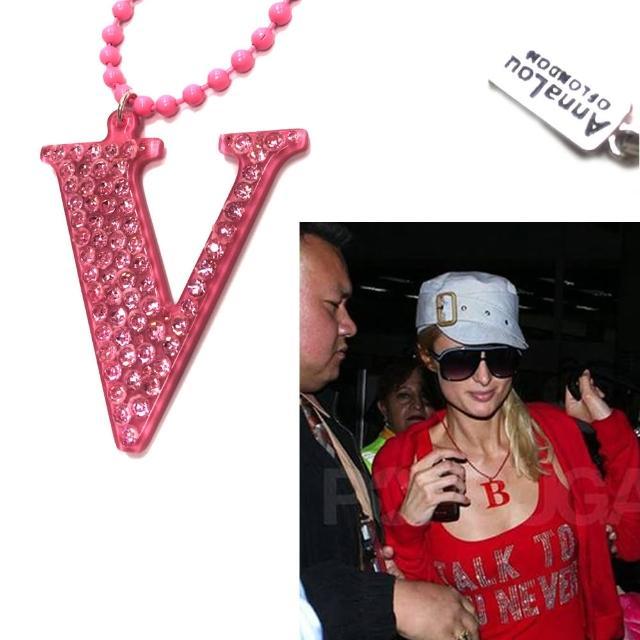 【Anna Lou Of London】倫敦品牌 水晶字母項鍊 V 粉紅色(絕版品 售完不補)
