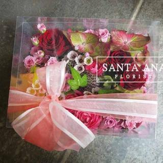 【Santa Ana】玫瑰花園花盒(新鮮花材與高質感透明盒的組合)