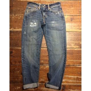 【LEVIS】511 低腰修身窄管牛仔褲 / 破壞磨損(經典百搭版型)