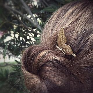 【UNICO】歐美 復古巴洛克風金屬造型蝴蝶髮梳