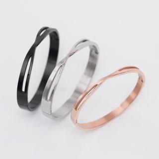 【玖飾時尚】交錯線條鏤空鋼製手環(手環)