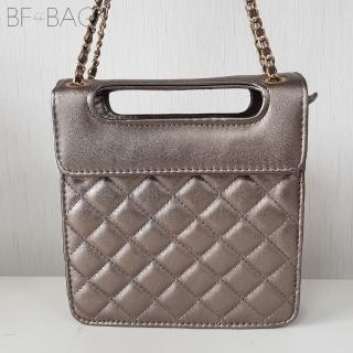 【B.F.】時尚菱格鏈帶掀蓋肩側方包(共3色)