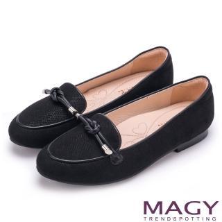【MAGY】復古上城女孩 質感布料細帶扭結平底鞋(黑色)
