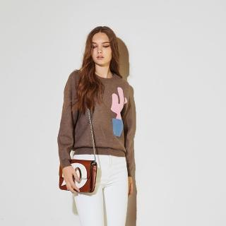 【ICHE 衣哲】時尚仙人掌印花針織造型上衣-三色-咖