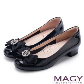 【MAGY】甜美新風貌 真皮造型鑽飾蝴蝶結粗低跟鞋(黑色)