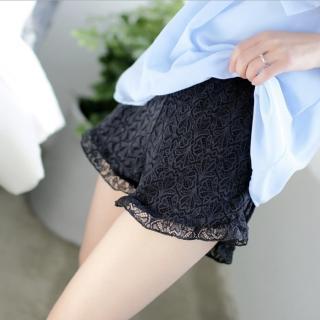 【89 zone】韓版蕾絲花邊打底三分褲/內搭褲(白/黑)