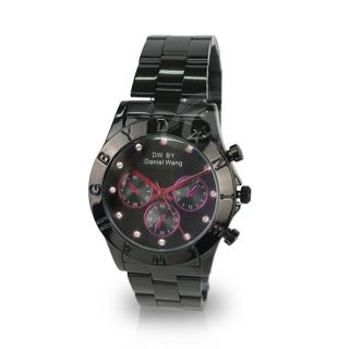 【Daniel Wang】三眼指針鑲鑽腕錶(黑帶紫針)
