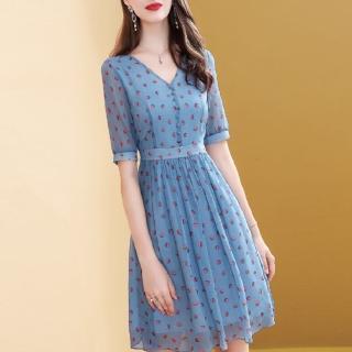 【FQ時尚天后】波點雪紡V領排釦五分袖洋裝(兩色/S-2XL)