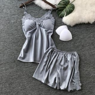 【Secret Lover】帶胸墊仿真絲性感高級蕾絲吊帶睡衣褲套組_銀灰色SG182