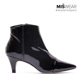 【MISWEAR】1.西班牙製造,原裝進口2.手工設計鞋款,嚴選真皮材質(MISWEAR 漆皮尖頭短靴-黑)