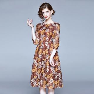 【M2M】滿版花朵圓領七分袖蕾絲印花洋裝S-2XL